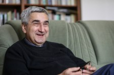 Akit kondiban tartanak a hívek – Beszélgetés Horváth Zoltán atyával