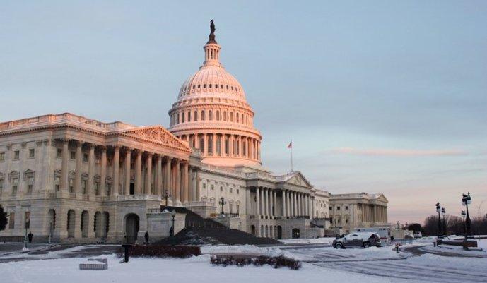 Washingtonnak kell a hidegháború