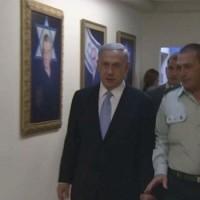 Britek követelik Netanyahu letartóztatását
