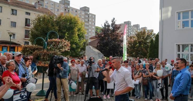 Azért küzd az ózdi jobbikos, hogy minden állampolgár, roma, nem roma, aki itt akar élni, minőségi munkáért magasabb bért kapjon