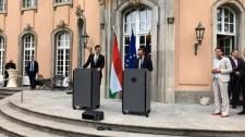Szijjártó sajtótájékoztatón hazudtolta meg német kollégáját