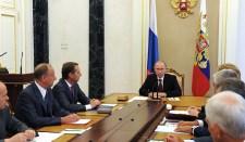 Putyin megvitatta az ukrajnai helyzetet az orosz Biztonsági Tanács tagjaival