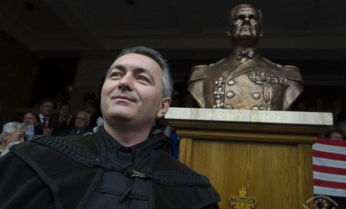 Kijev az ukrán nagykövetség elé tervezett tüntetés betiltását követeli