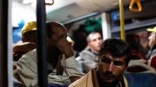 Migránsok a buszsofőrnek: megölünk, ha nem az osztrák határra mész – VIDEÓ