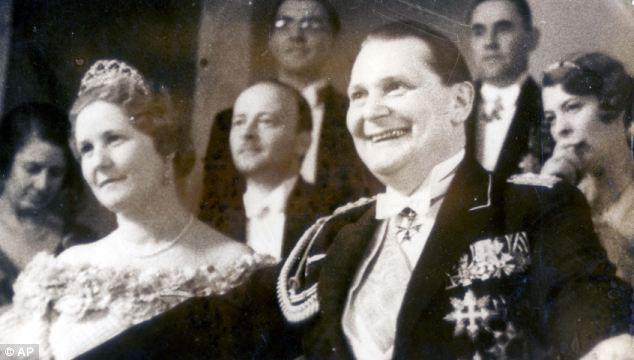 Göring a zsidó szervezetekkel fizettette meg a Kristályéjszakán keletkezett károkat