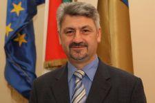 Ülés helyett inkább berúgni megy a kőszegi fideszes polgármester