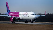 Kényszerleszállást hajtott végre az otopeni-i repülõtéren a Wizz Air londoni gépe