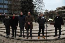 Nagyon gatya a helyzet Szegeden: a szemkilövetőkkel együtt félti a bolsevik Nagy Imrét a despotáktól a Jobbik