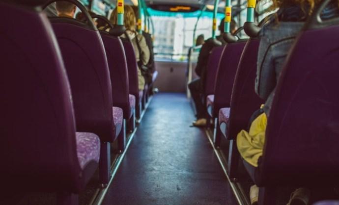 Elképesztő: most egy sérült kisfiút hagyott a fagyban a Volánbusz sofőrje