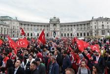Ami nem sikerült 1529-ben és 1683-ban… – Bécset ostromolják a törökök