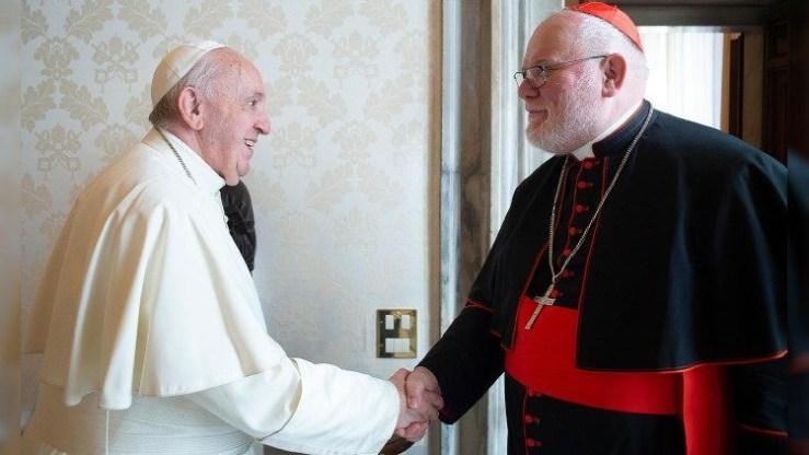 Folytasd! – Ferenc pápa nem fogadta el Reinhard Marx lemondását!