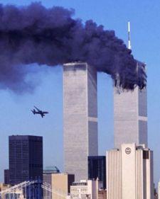 Amerikai bíróság Iránt /!/ (nem Szaúd-Arábiát!) ítélte milliárdok fizetésére a  9/11 áldozatainak