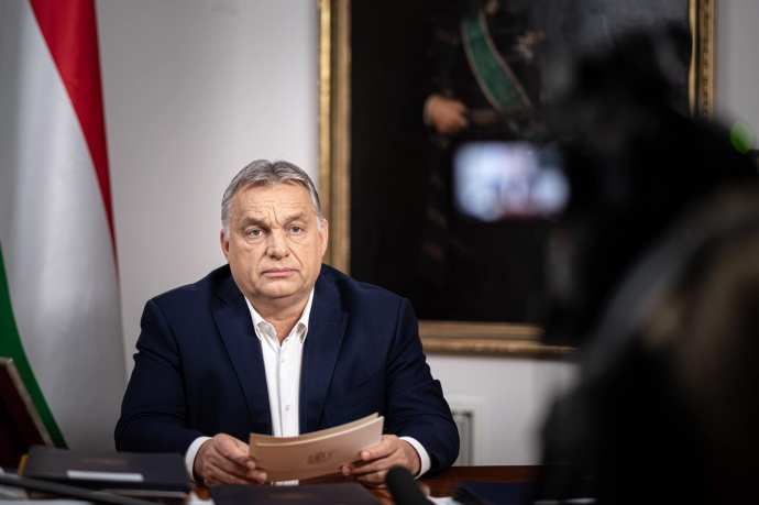 Koronavírus – Orbán: senkit nem hagyunk az út szélén