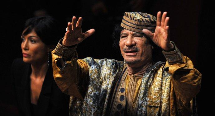 Afrikai szervezetek Sarkozyt bíróság elé viszik Kadhafi megölése miatt