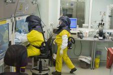 Egy hét után kénytelenek voltak bevallani: ebolával fertőződhetett meg egy tudós Budapesten