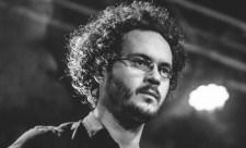 Garázdasággal vádolják a zenészt, aki az igazoltató rendőröket filmezte