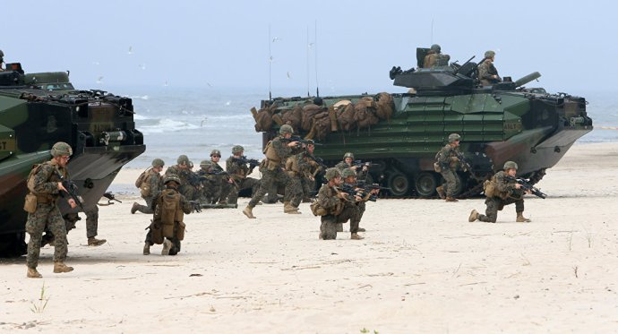 A NATO az  őrület határán túl: két hadsereget és egy flottát küld Oroszország ellen
