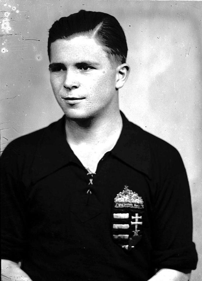 Puskás Ferenc minden idők legeredményesebb góllövője – az első három helyen magyar futballista