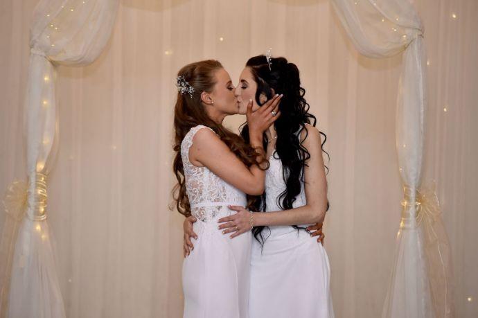 Május 10-én tömegesen áldják meg a homoszexuálisokat