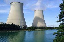 Macron a világ széllelbélelt Bernadettjeinek: az atomenergia nem károsítja a környezetet