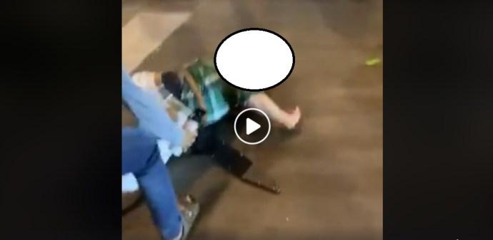 Videó: Négerek és antifák lincselnek meg egy fehér bolttulajdonost az USA-ban (18+)
