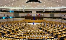 Brüsszelben keményen nekimentek a magyar kormánynak