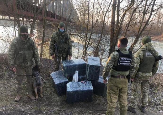 Csempészkísérletet akadályoztak meg a határőrök Kárpátalján