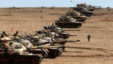 A törökök fejest ugranak a fortyogó közel-keleti üstbe