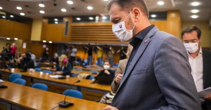 Összeomlás szélén a szlovák egészségügy. Mit léphet a kormány?