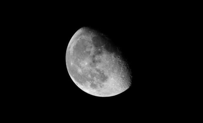 Atombombát akart robbantani a Holdon a Szovjetunió