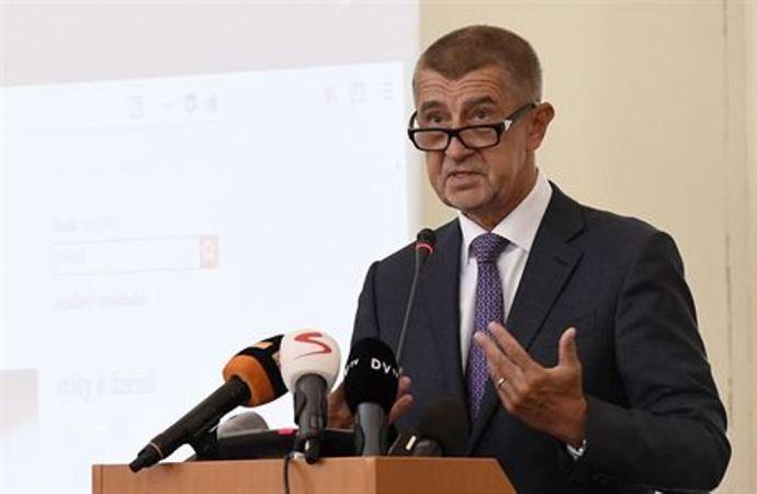 Csehország elégedetlen, de nem fogja akadályozni a helyreállítási csomag elfogadását