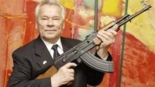 Lelkiismeretével viaskodott halála előtt Kalasnyikov