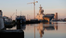 A francia pénzügyminisztérium úgy látja, hogy a Mistral hajók Oroszországnak való átadásához nincsenek meg a feltételek