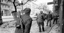 Budapest ostroma után 74 évvel is golyónyomok borítják a házfalakat