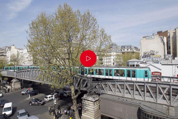 Párizs egyes metrómegállóiban a narkósok metróbeli jelenléte miatt egyes szerelvények nem állnak meg
