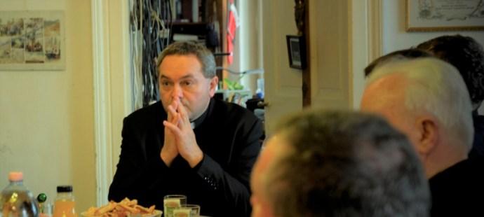 Felföldi László püspök látogatása a Pécsi Egyházmegye esperesi kerületeiben