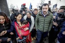 Olasz belügyér: a cigányokat sajnos nem toloncolhatjuk ki, de legalább megszámolhatnánk őket