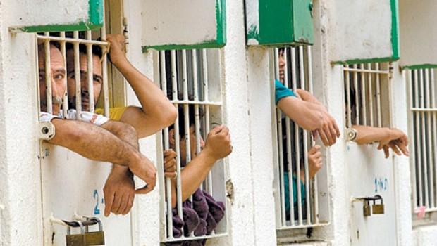 Megkínozva, torz arccal kerültek ki az izraeli börtönből