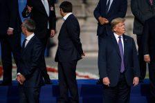 Szemünk előtt formálódik a világtörténelem: NATO-csúcs és eldurvult kereskedelmi háború