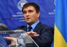 Békülékenyebb hangot ütött meg az ukrán külügyér, szombaton Ungvárra látogat