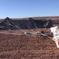 USA légi ereje segélyeket dobott az ISIS-nek (videofelvétel)