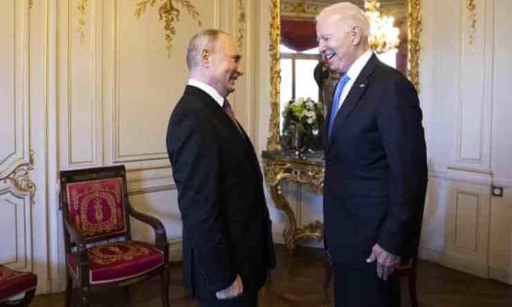"""Putyin Bidenről áradozott: """"összeszedett, tudja, mit akar elérni, és nagyon ügyesen teszi"""""""