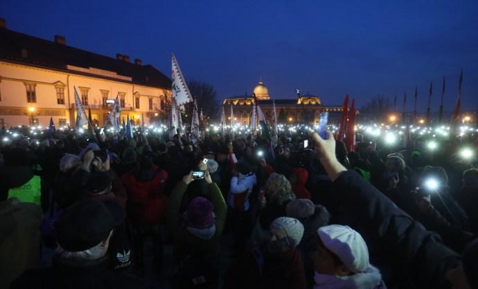 Ezek voltak az ellenzék első reakciói Orbán Viktor beszédére