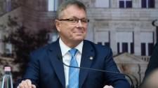 Új adóról és szégyenfoltokról ír Matolcsy György