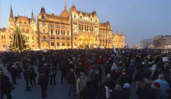 Egymást érik a kormányellenes demonstrációk
