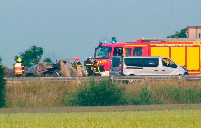 Halálos balesetet okozott a migránsok útakadálya Calais-nál