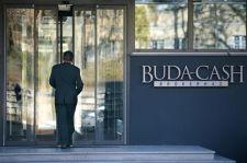 Titkosszolgák a Buda-Cashnél