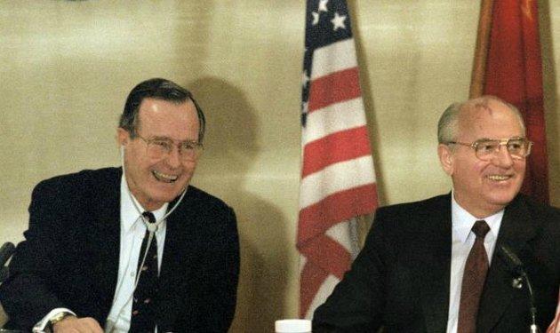 Gorbacsov Máltán elengedte azt, amihez Sztálin még ragaszkodott Jaltában