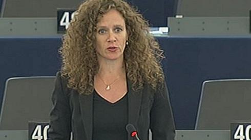 EP- Belebuktak a liberálisok a magyarellenes tervükbe