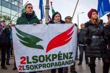 Még az Orbán, takarodjnak sem volt igazi ereje Hadházy tüntikéjén
